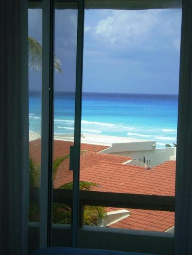 15725 Oceanfront Condo in Hotel Zone  - Condo