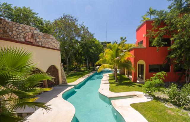 Hacienda Style Custom Homes