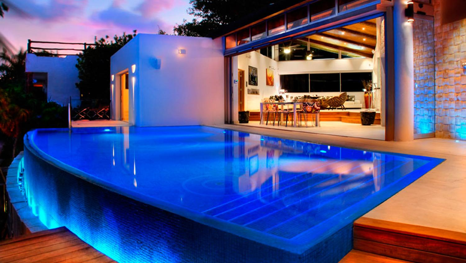 Amazing Smart House in Privileged Playacar!