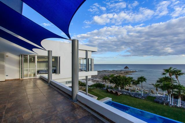 12050 Amazing Minimalistic 5-Bedroom Beachfront Villa in  - Home