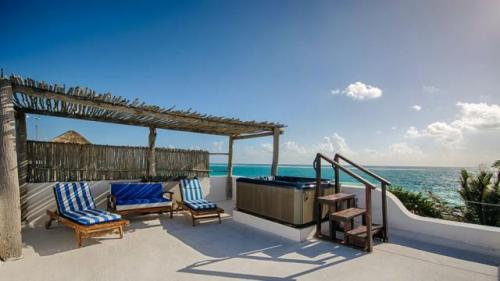 Spectacular beachfront house in the ecologic reserve of SianKaan property for sale