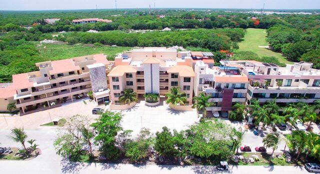 Spacious 3 bedroom apartment in Puerto Aventuras property for sale