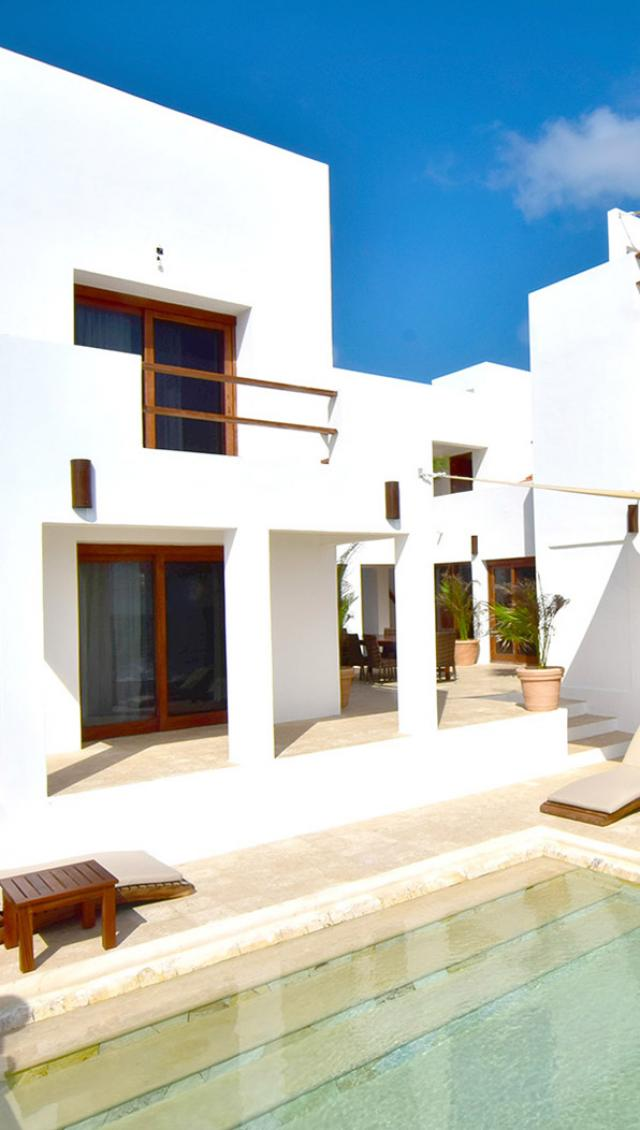 Beautiful waterfront home in paradise! Akumal. property for sale