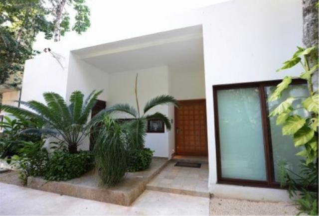 Beautiful Contemporary Style Home in Bah�a Principe Residences property for sale