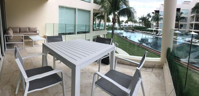 2 Bedroom Condo Located a Few Steps from the Beach property for sale