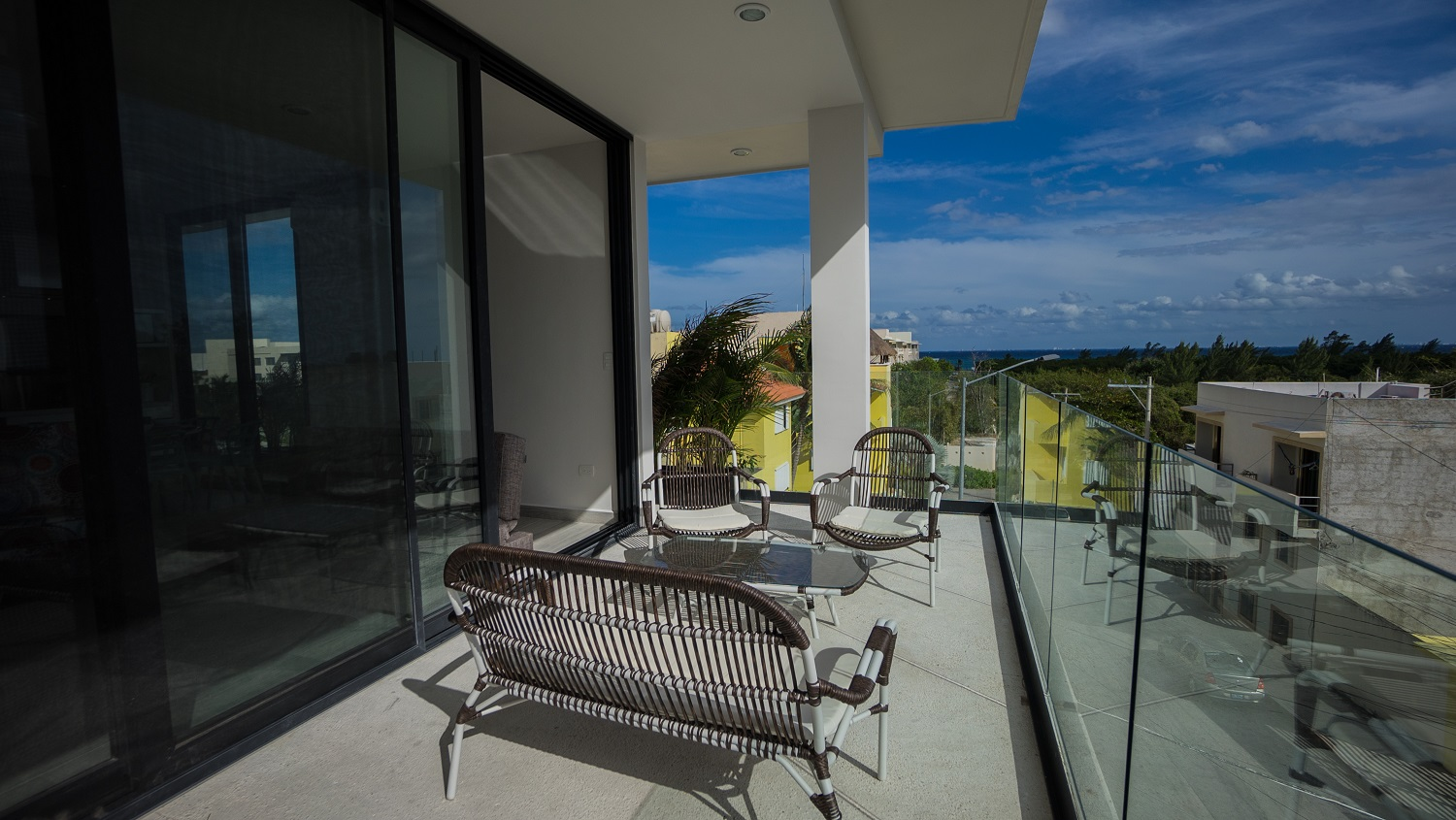18113 Great Condo with Large Terrace and Ocean  - Condo