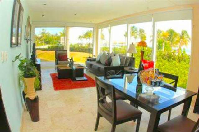 18127 Ground Floor Condo With Ocean Views For Sale in Playa del  - Condo