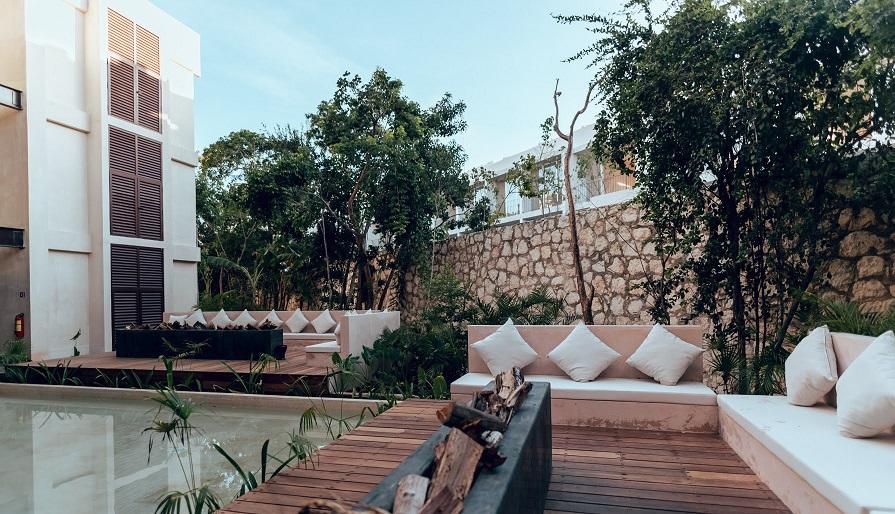 Excellent and spacious studio apartments in La Veleta