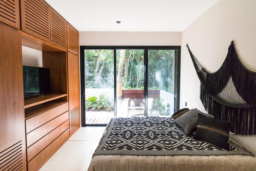 Luxury-condominium-bathed-in-comfort-and-style.-Interior-MasterB