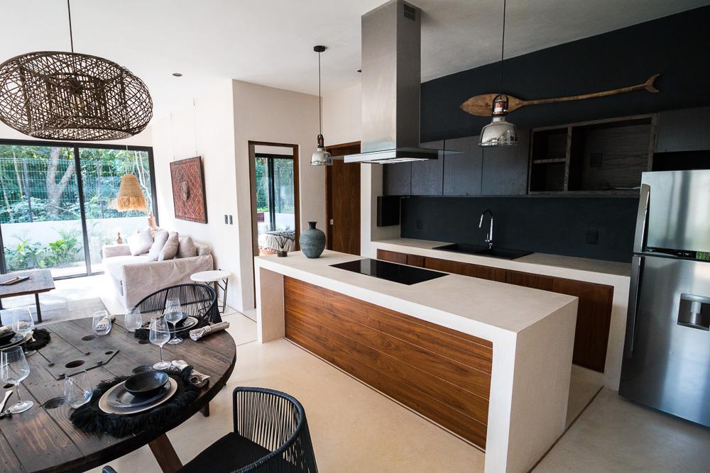 Luxury-condominium-bathed-in-comfort-and-style.-Interior-Kitchen
