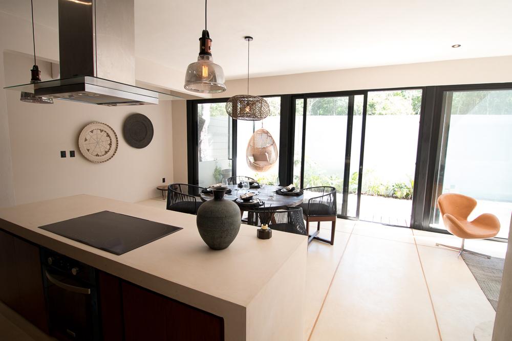 Luxury-condominium-bathed-in-comfort-and-style.-DiningRoom