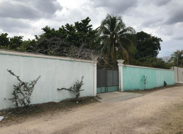 18948 Exclusive gated lot in Montes de  - Lot