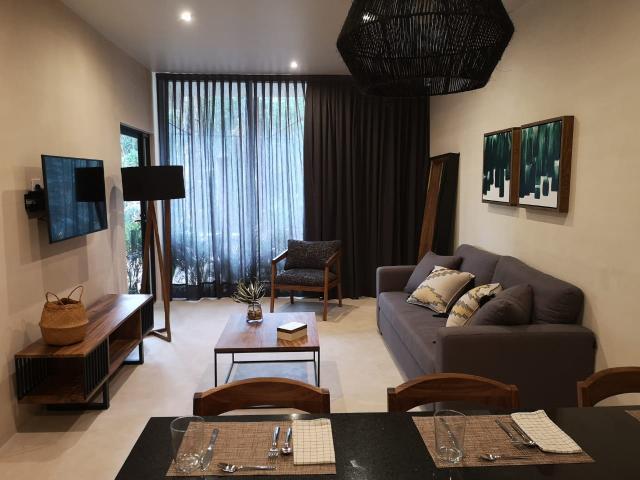 Spectacular 2 bedroom condo.