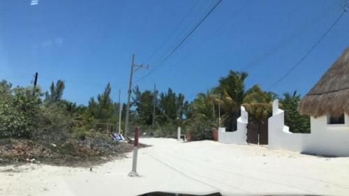Land for Sale 2nd row in Uaymitun property for sale