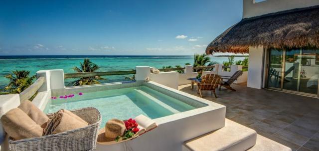 Amazing 6 bedroom ocean front villa property for sale