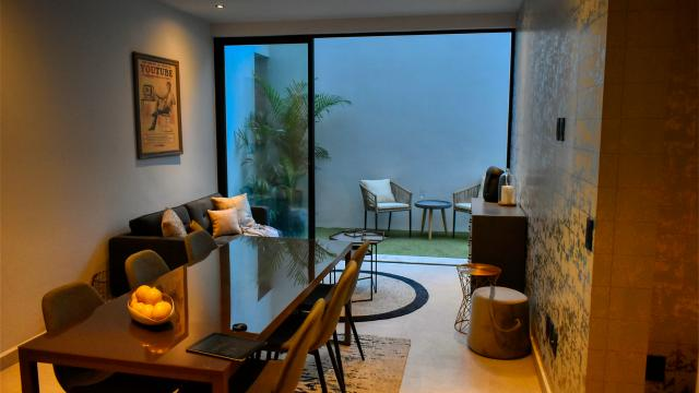 Beautiful 2 bedroom condo with exquisite design property for sale