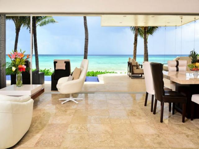 19672 Amazing 3 bedroom house facing the turquoise Caribbean  - Home