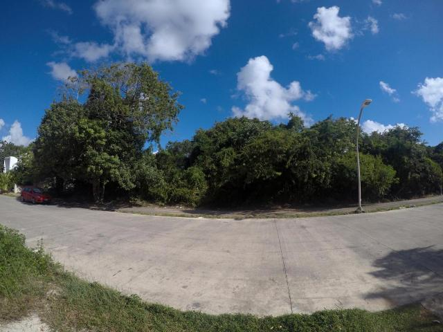 Large residential lot in El Cielo
