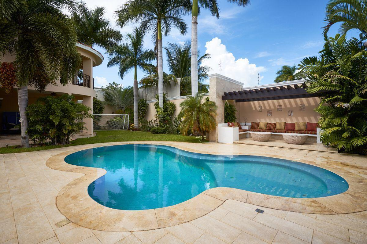 Amazing Residence in Montebello, Merida, Yucatan. property for sale
