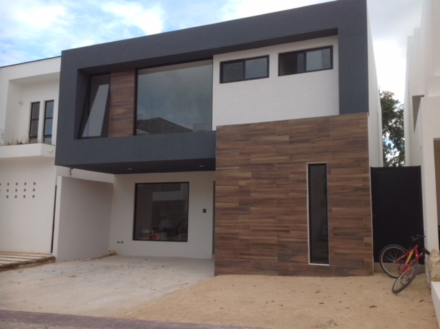 20094 House with 3 bedrooms in Bosques de  - Home