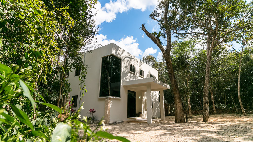 Solar-Powered 3 Bedroom Home in Tulum, in Gated Jungle Community