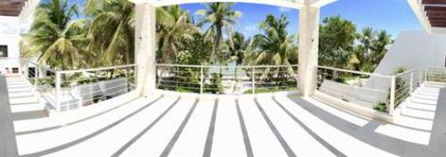 Fabulous and elegant house by the sea on the beaches of Akumal property for sale