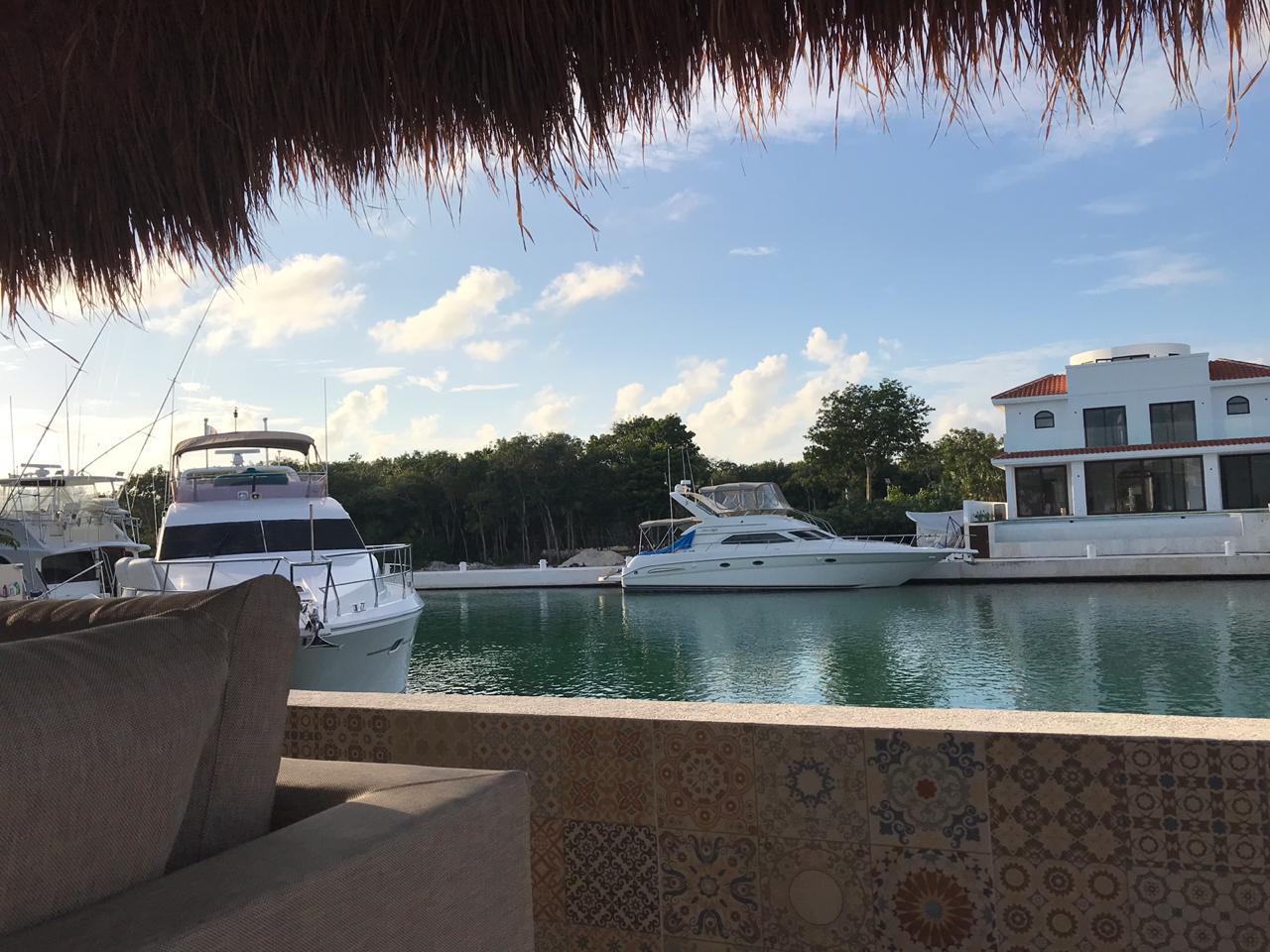 4 bedroom house of in front of the marina in Puerto Aventuras property for sale