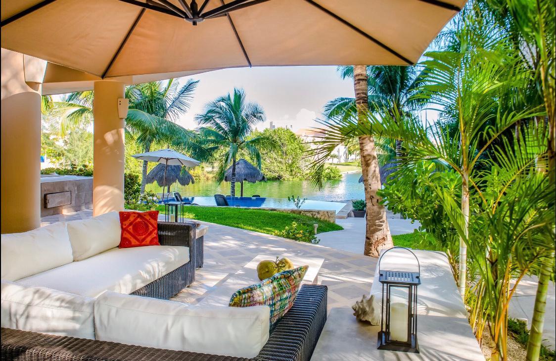 3 Bedroom Condo in Puerto Aventuras on the Ground Floor property for sale