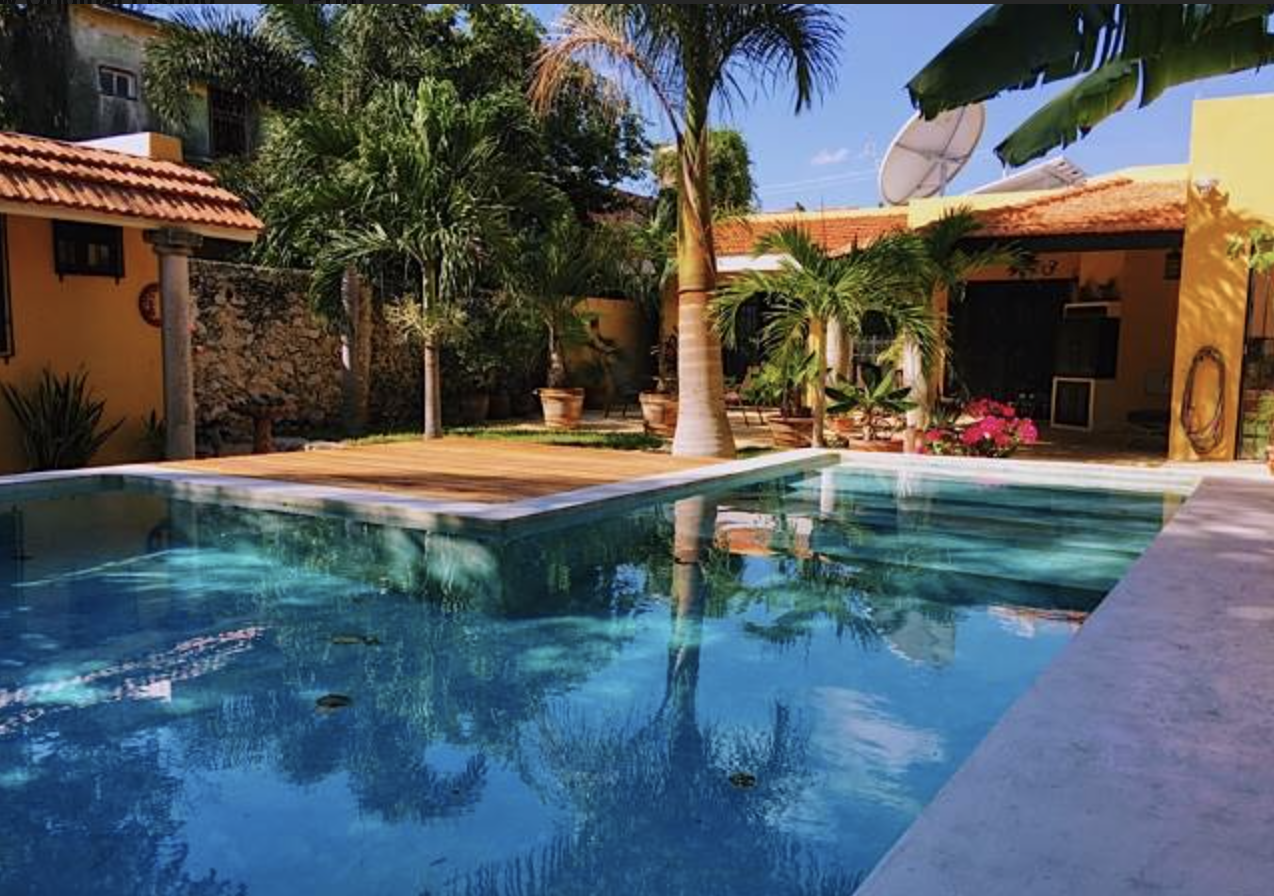 Beautiful and colorful 3 bedroom house in the center of Merida property for sale