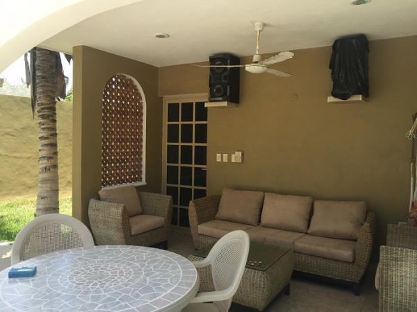Beautiful house ideal for boutique hotel in Chicxulub Puerto property for sale