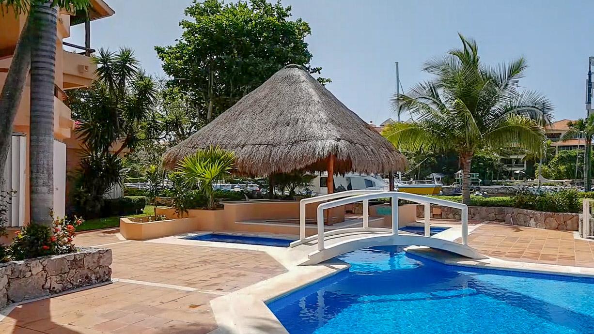 3-bedroom-marina-puerto-aventuras-riviera-maya-Pool
