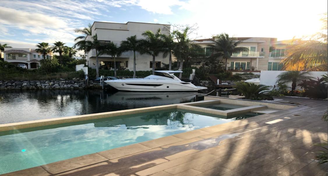 20906 Deluxe 4 bedroom Residence in Puerto  - Home