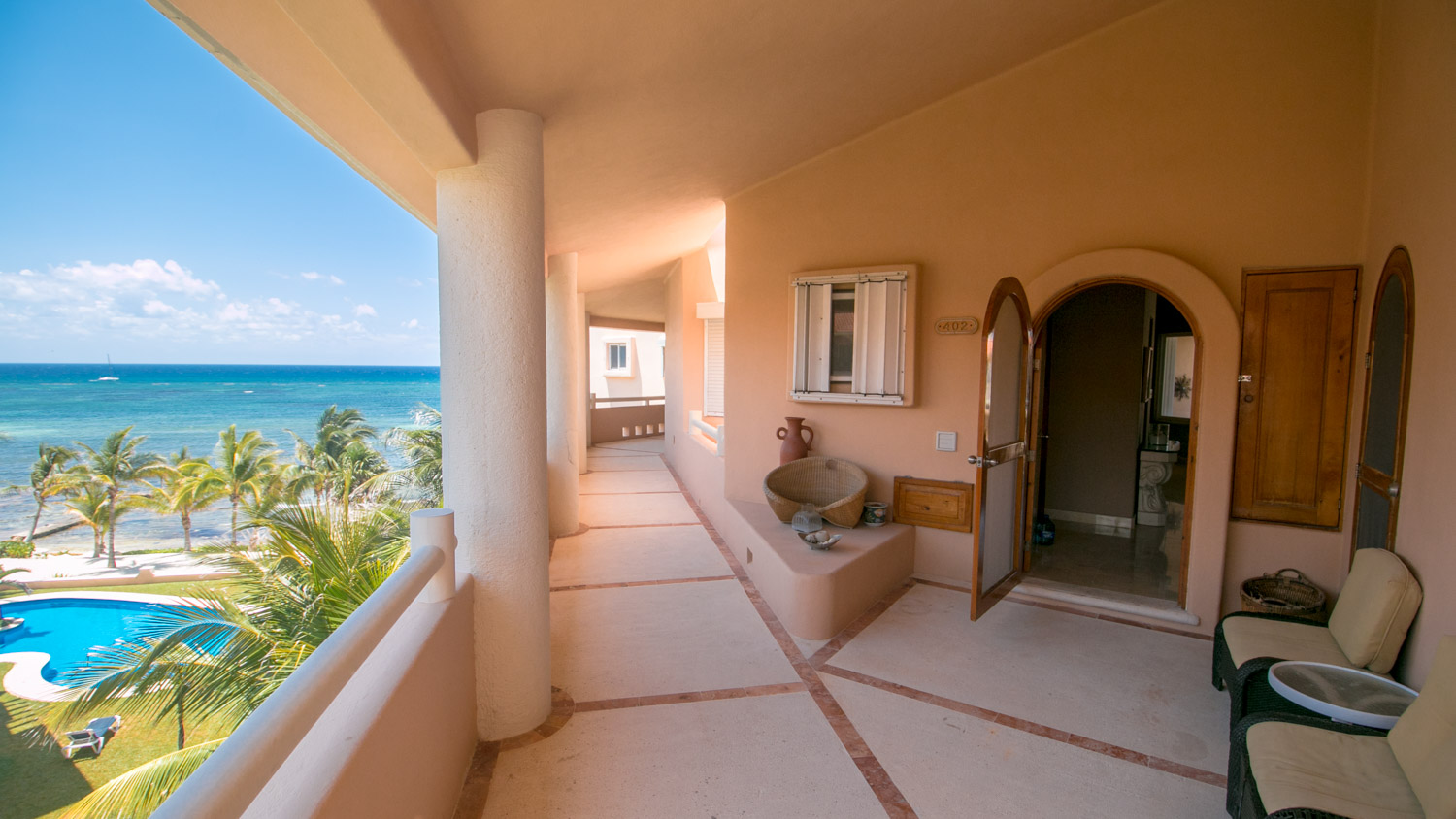 Breathtaking 2 bedroom Penthouse in Puerto Aventuras.