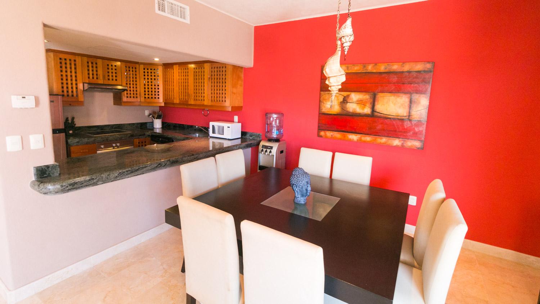 2-br-condo-penthouse-puerto-aventuras-beachfront-Kitchen