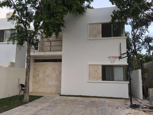 Stunning 3 bedroom house in Riviera Tulum property for sale