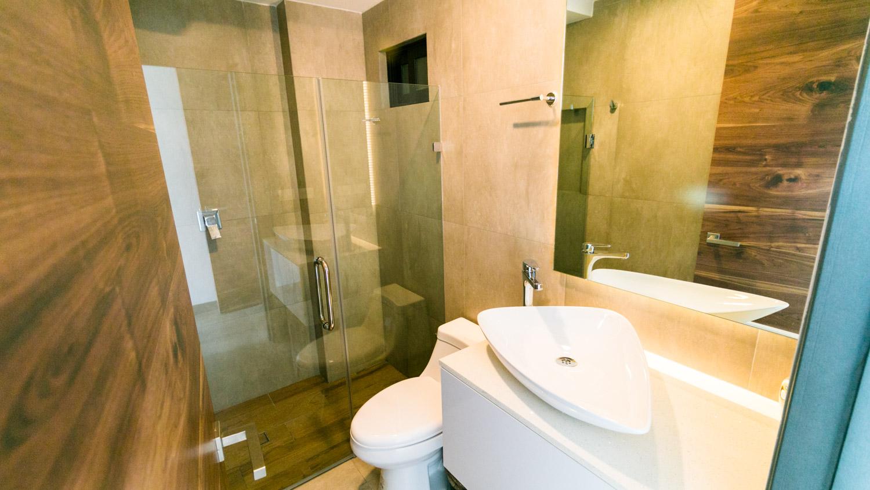 3-bedrooms-PH-MasterBath