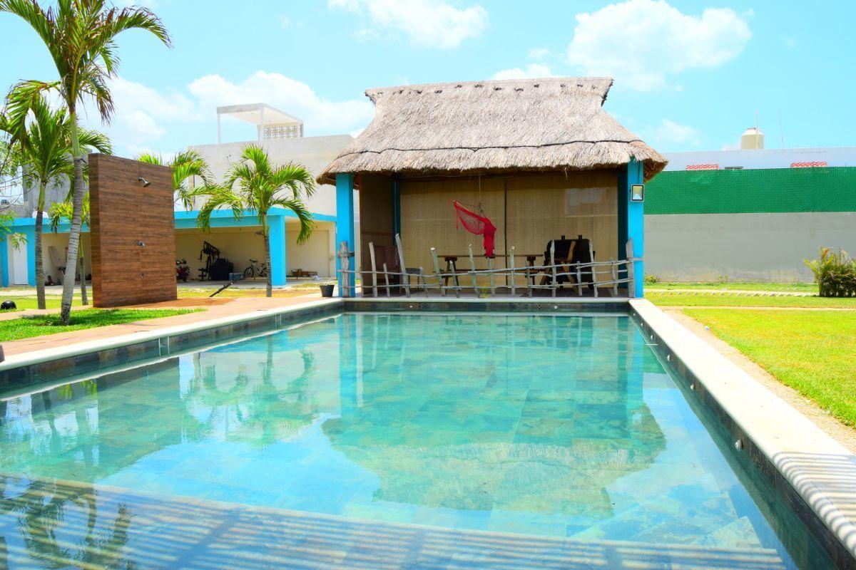 Beautiful 3 Bedroom Residence with a Pool in Puerto de Progreso