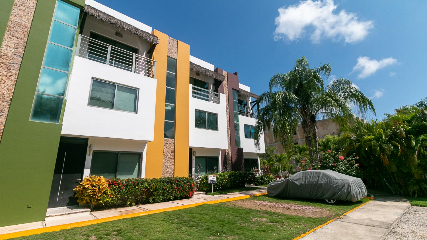 3 bedroom condo in Cielo Residential