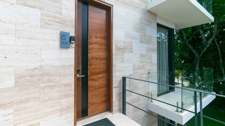 luxury-studio-in-la-Veleta-Entrance-Entrance