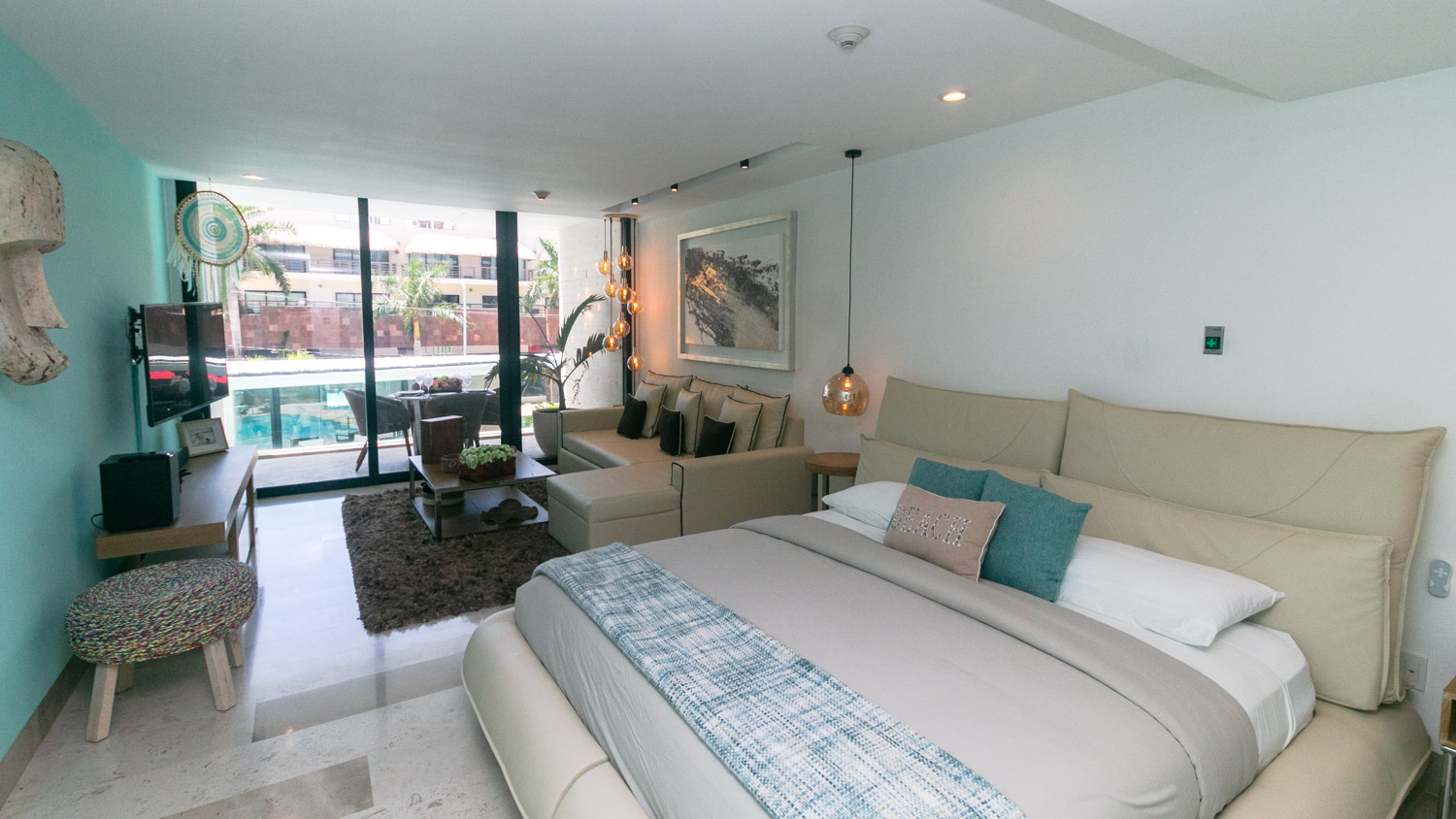 Luxury-studio-a-few-steps-from-the-beach-and-5th-Avenue-Bedroom