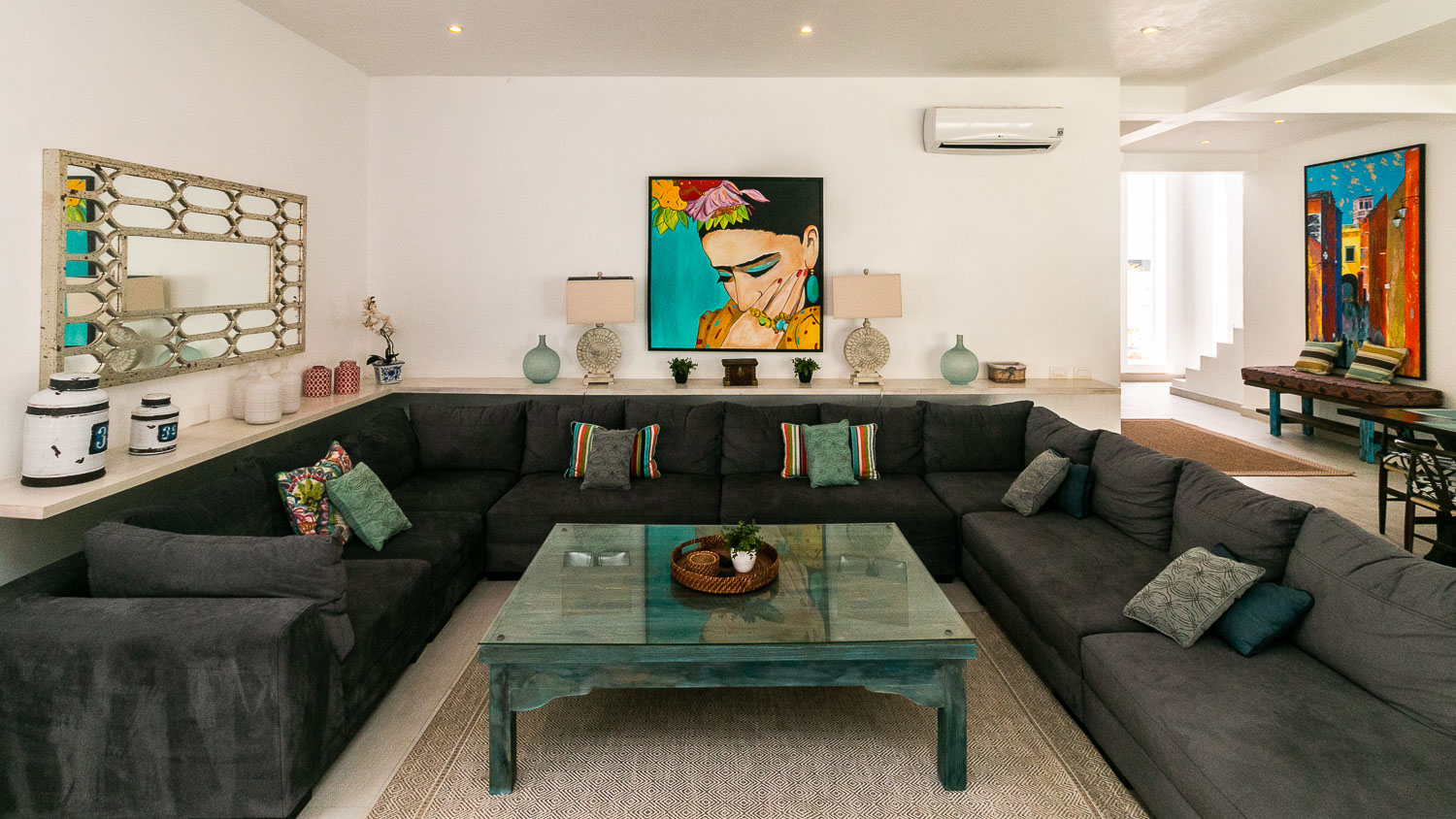 4-bedroom-house-in-a-gated-community-in-Tulum-LivingRoom