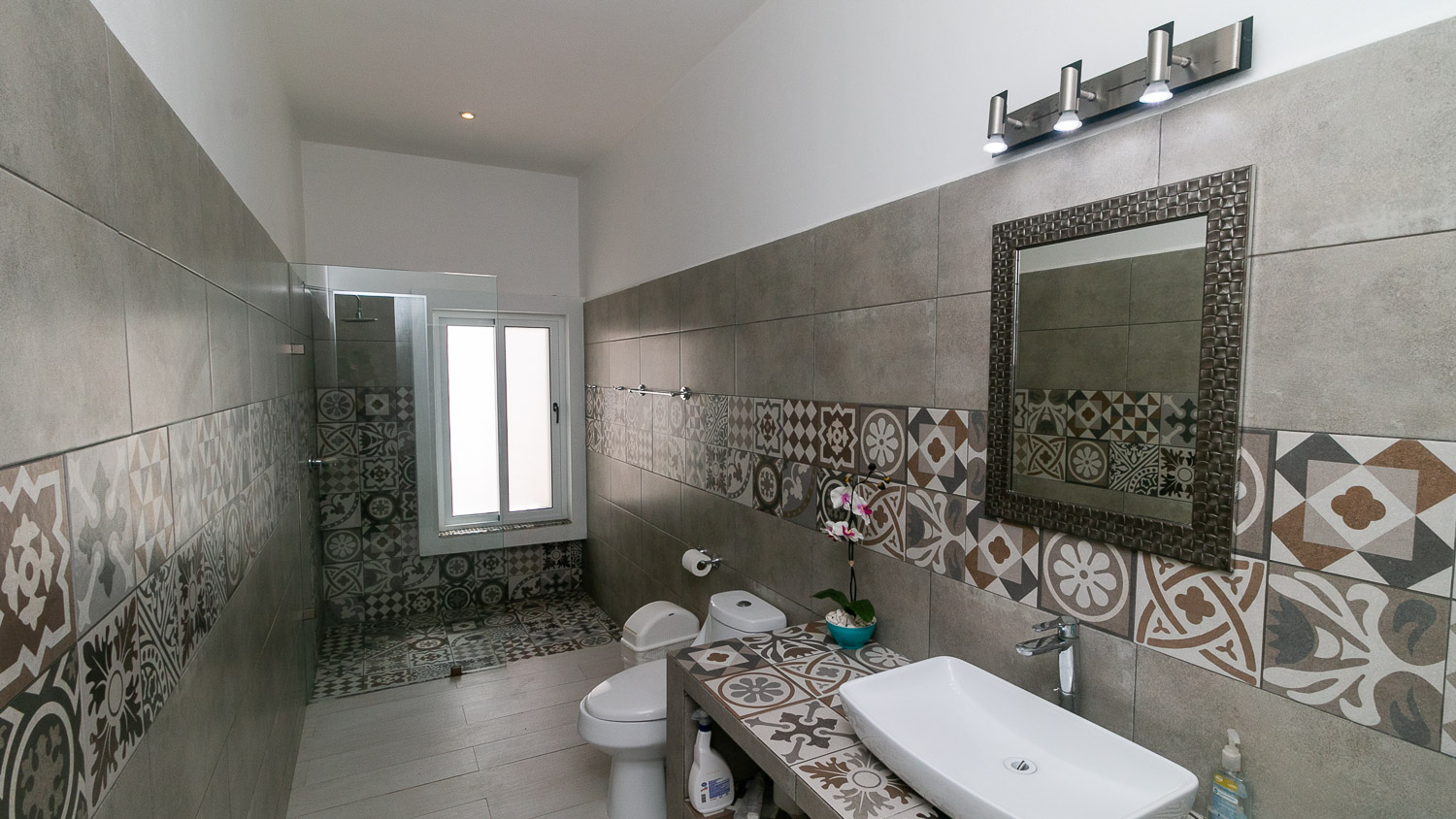 4-bedroom-house-in-a-gated-community-in-Tulum-Bathroom