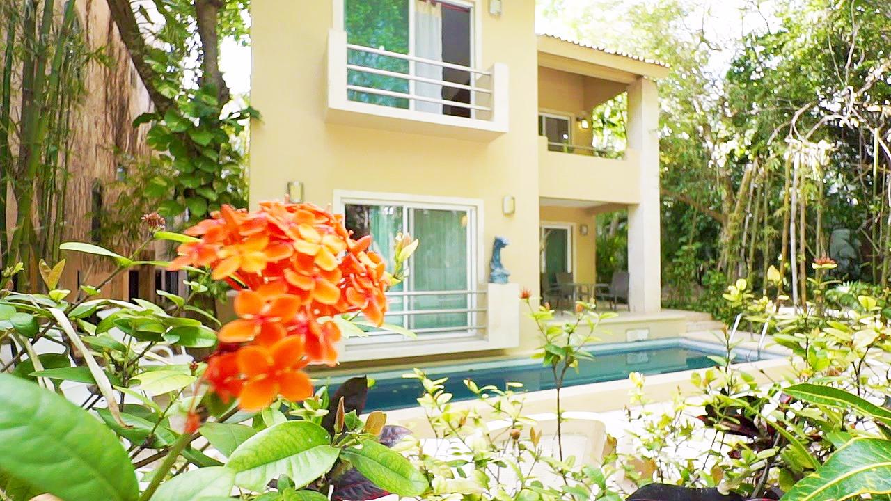21450 Casa  - Home
