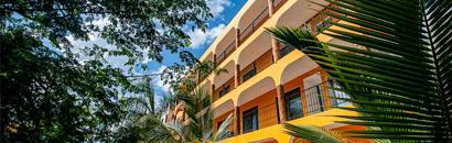 Luxury 2 BR condo Hacienda Style