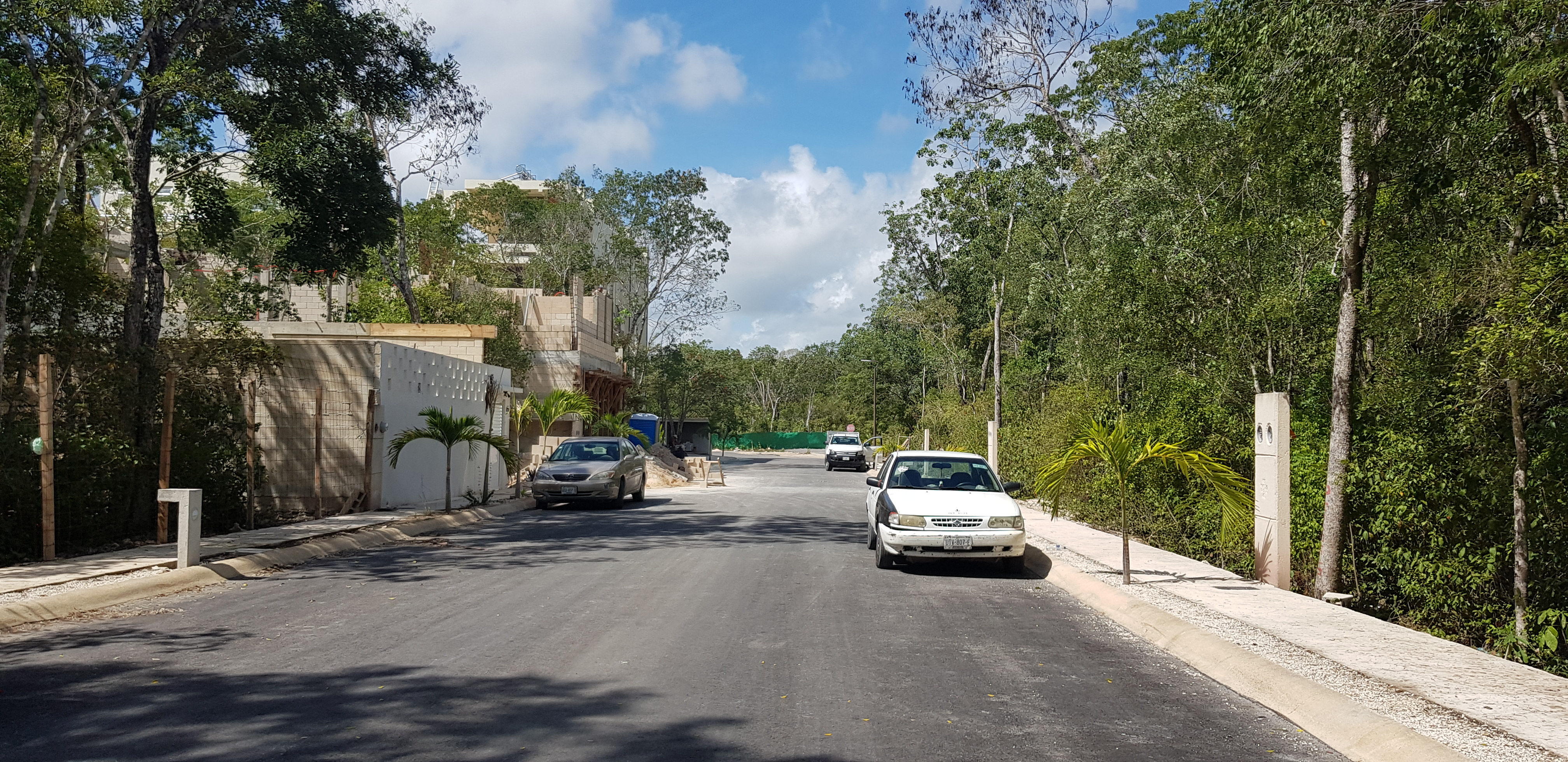 Lot of 2228.13 sqf  in a gated community of Tulum