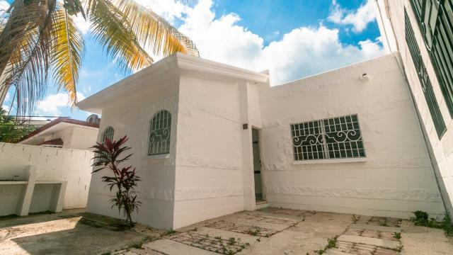 Investment opportunity in Playa del Carmen property for sale