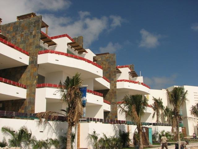 Condo 2 Bedrooms in Casa del Mar property for sale